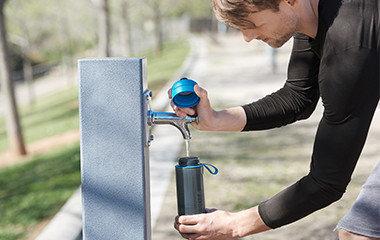 持ち運びできる浄水器