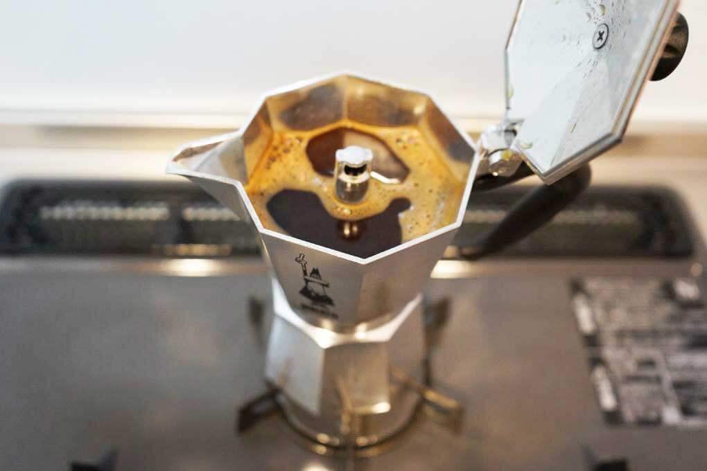 ビアレッティのエスプレッソコーヒー完成